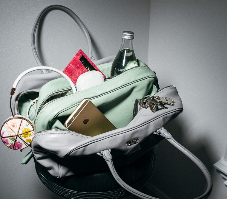 What's in your bag? 10 essential things you should always have